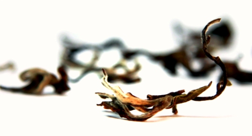 Lalani & Co: Jun Chiyabari Hand Rolled Tips Tea Dry Leaf