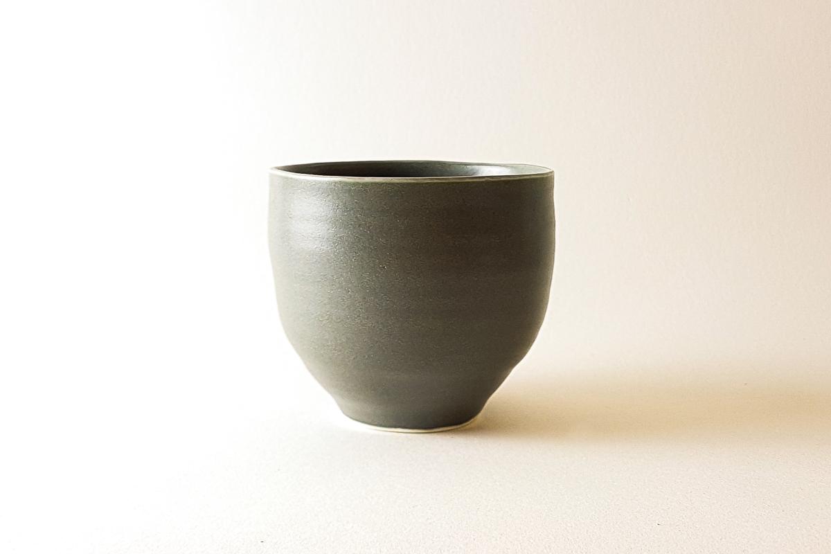 Lalani & Co: Handmade matcha bowl Linda Bloomfield